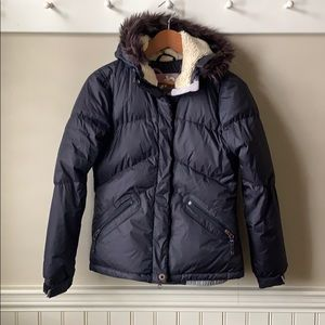 Orb winter jacket with black faux fur size small